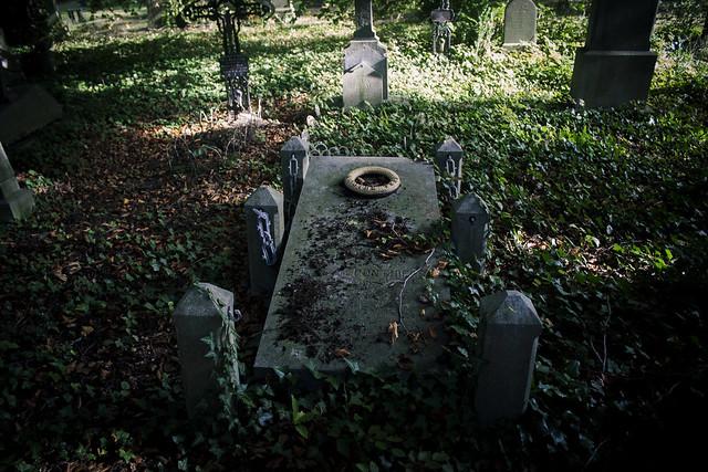 Oud kerkhof, Hasselt -A. Saylam
