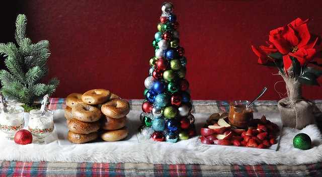 The Absolutely Stress-Free Way To Host a Cozy Holiday Brunch