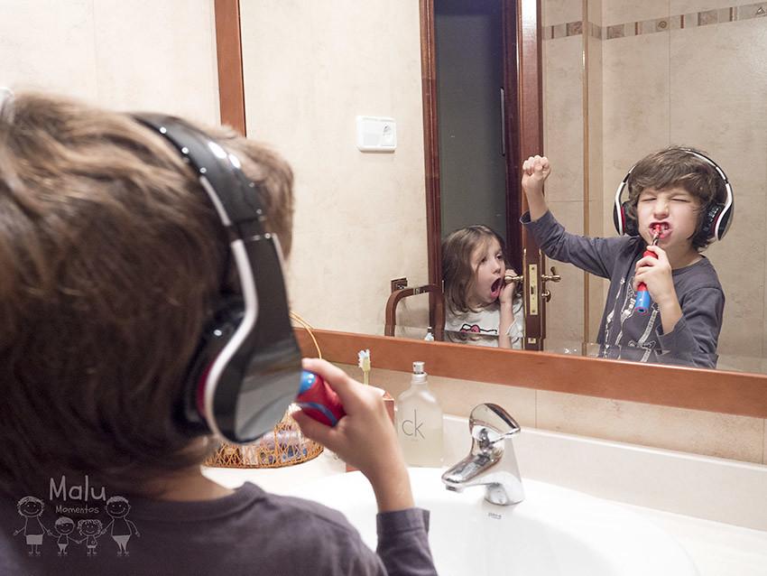 Litel Pipol 28/52 - El día que Irati descubrió que los rockeros también se lavan los dientes.