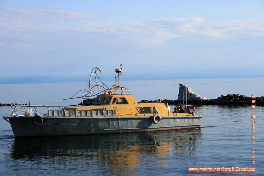 Поселок Листвянка Озеро Байкал — Россия фотографии