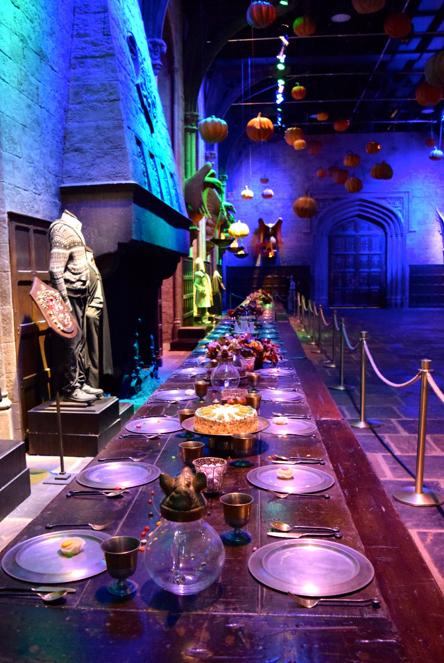 The Great Hall at Halloween at the Harry Potter Studio Tour, London | #harrypotter www.rachelphipps.com @rachelphipps