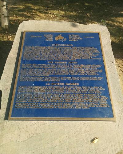 Kabechenong #toronto #humberriver #kabechenong #mississauga #plaque #english #french #français #anishinaabe #latergram