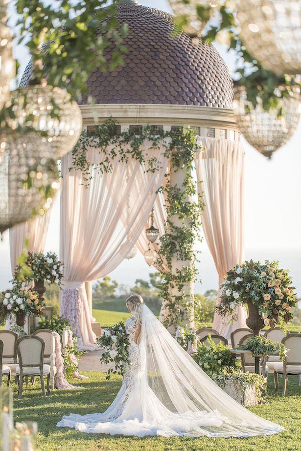 001_Wedding Ceremony Ideas - Jessica Claire Photography