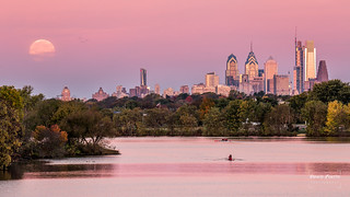 Moon set over Philadelphia | by Dante Fratto Photography