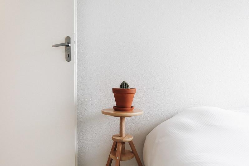 chambre-minimaliste.jpg