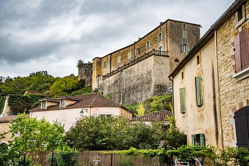 50-Château et tour en ruine