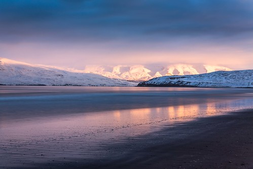 winter water sky sun shore sunset day canon clouds cloud coast sea sigma sigma2470 dalvik nationalgeographic ngc nature mountains mountain landscape photo picture outdoor iceland ísland einarschioth