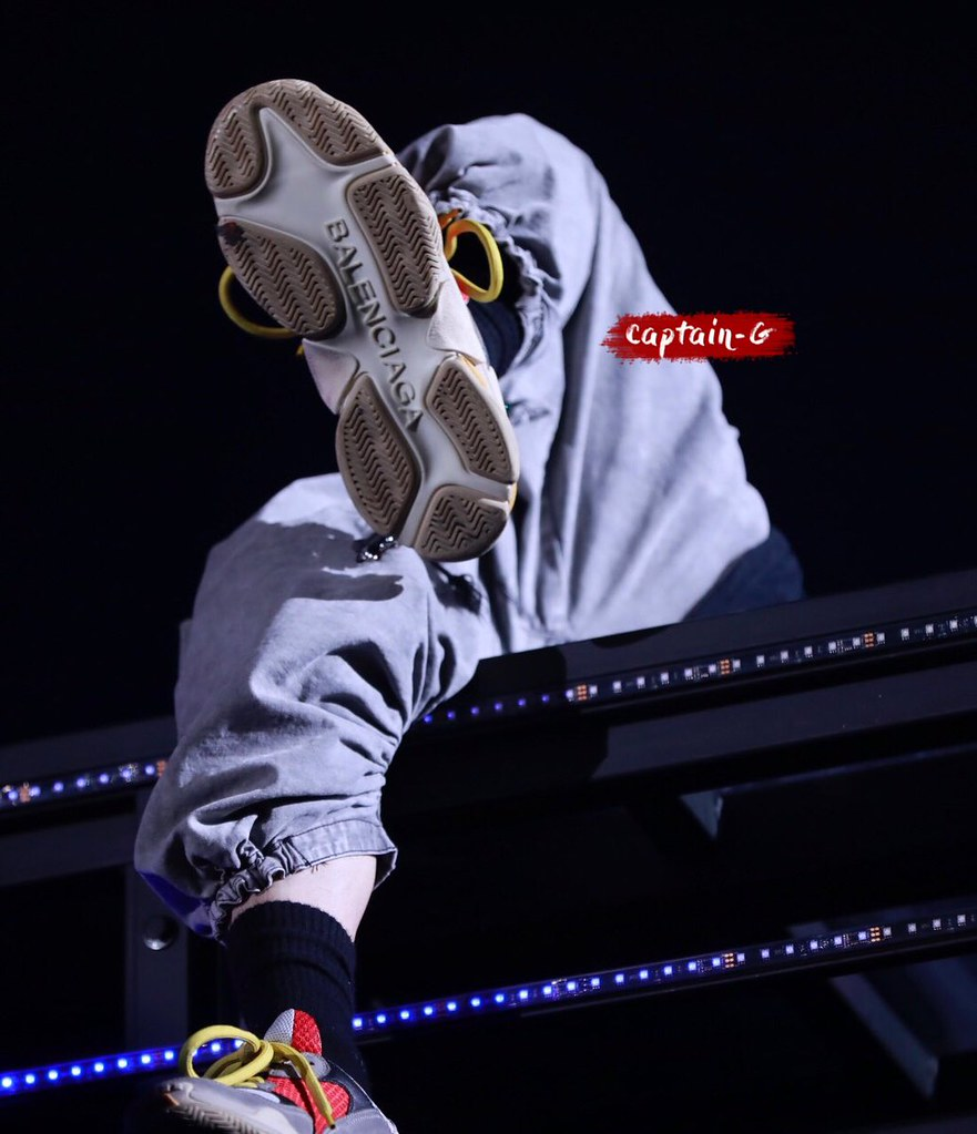 BIGBANG via CaptainG_818 - 2017-11-24 (details see below)