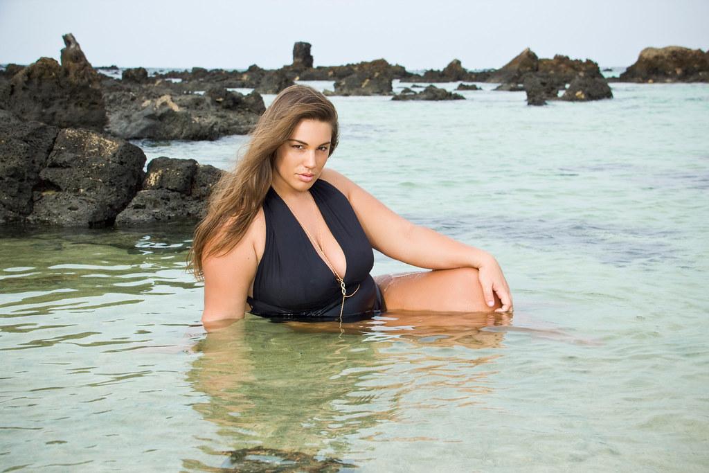 Curvy Model Photographer in Lanzarote