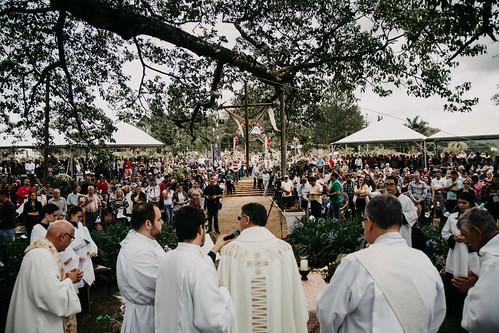 Dom Paulo Cezar preside missa festiva do Cio da Terra em Torrinha