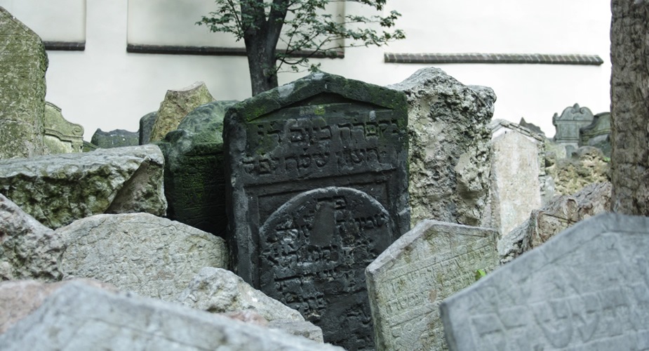 De Joodse wijk van Praag: oude Joodse begraafplaats | Mooistestedentrips.nl