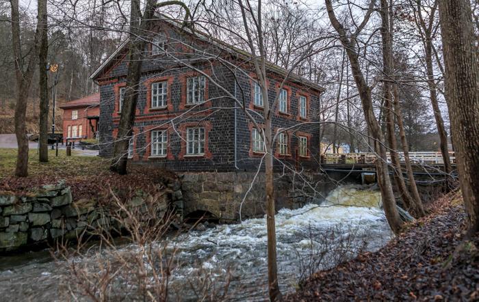 Fiskarsin Ruukki kotimaan matkakohde joki putous pato Fiskars Village