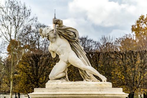 Jardin des Tiuleries Estatua