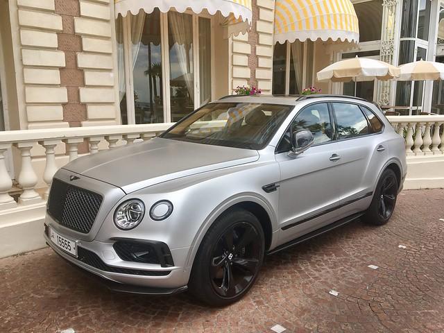 Bentley Bentayga 🇶🇦