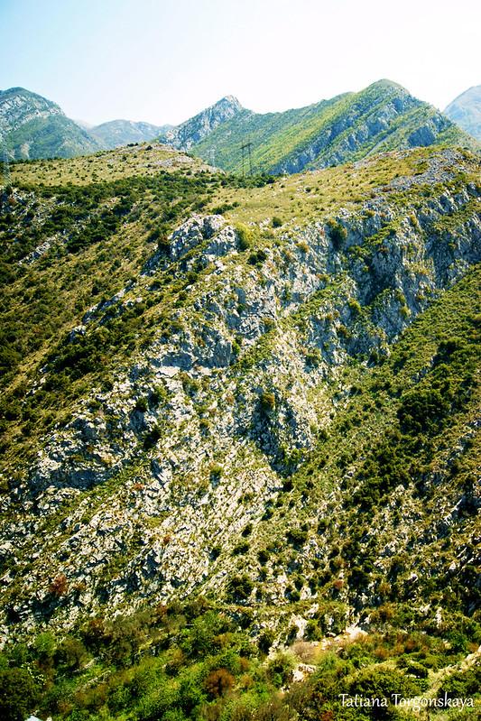 Горы с крепостных стен
