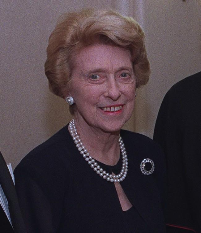 Dr Maya Vincent