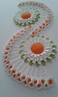 😱 I loved this model of crochet table rail with this detail in sun giral See standard step by step Good evening 💞😉