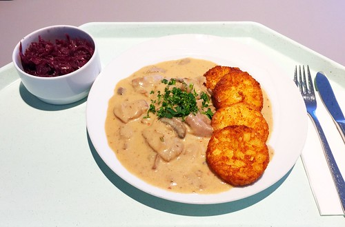Turkey chop with hash browns / Putengeschnetzeltes mit Röstis