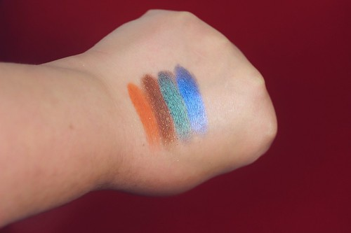 Saint & Sinner palette review - Big or not to big9