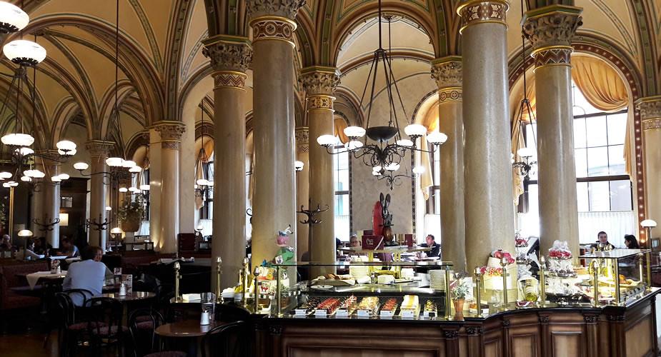 Bezienswaardigheden Wenen: Café Central | Mooistestedentrips.nl