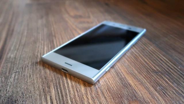 Sony Xperia zx1 11