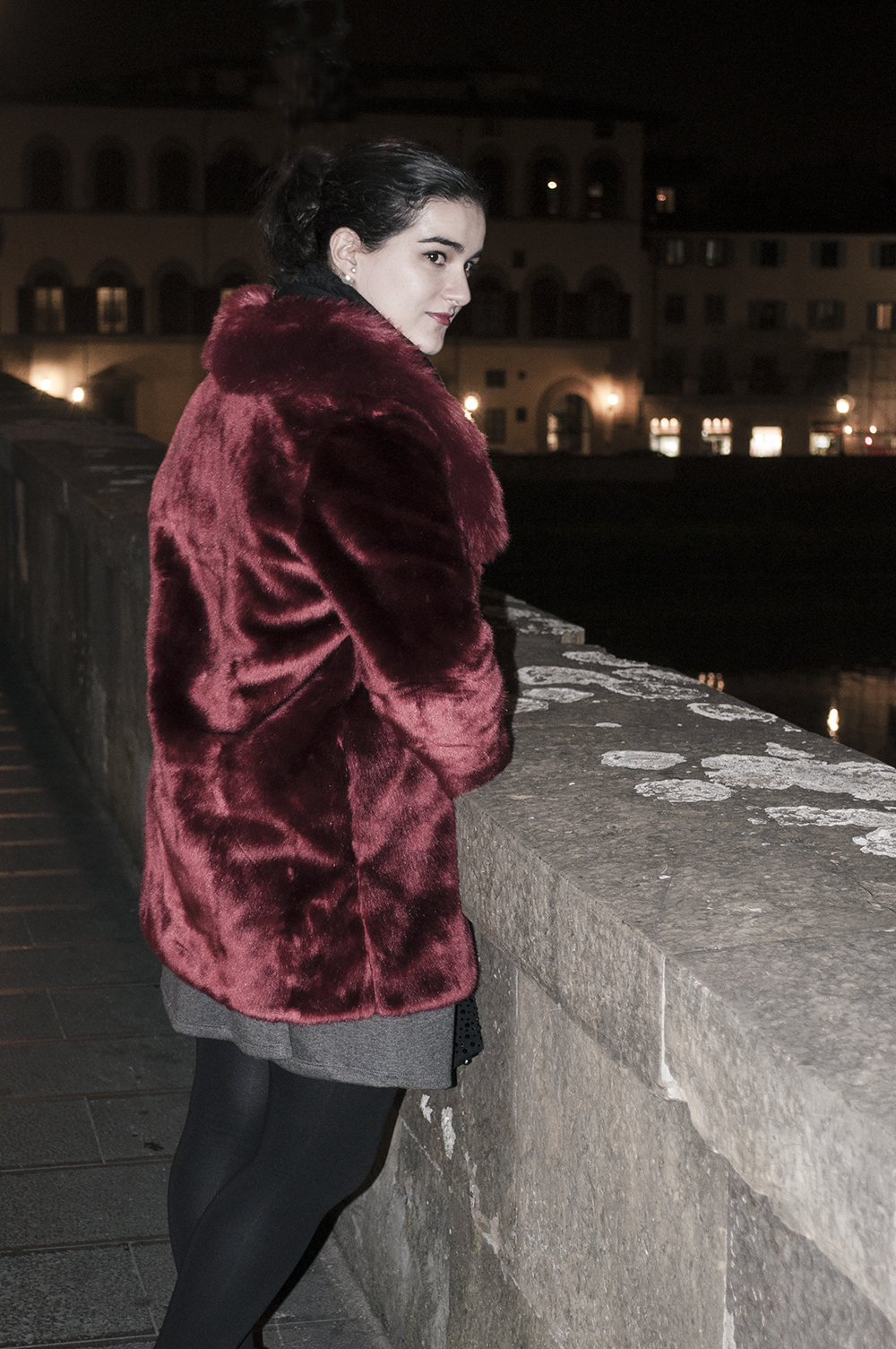 something fashion blogger influencer streetstyle firenze spain italianbloggers erasmus student lightinthebox fur coat piazza republica collaboration style_0715