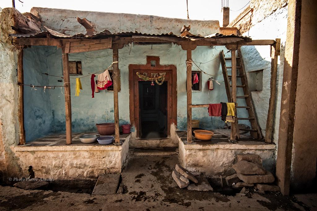 BADAMI : SCÈNE DE RUE