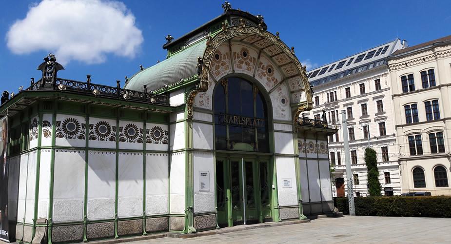 Stedentrip Wenen: art nouveau op de Karlsplatz | Mooistestedentrips.nl