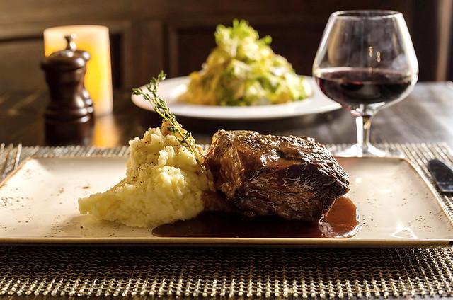 via 212 Steakhouse (15)