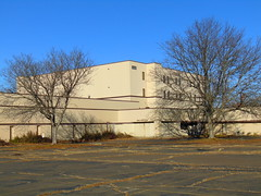 Abandoned Ames HQ (Rocky Hill, Connecticut)