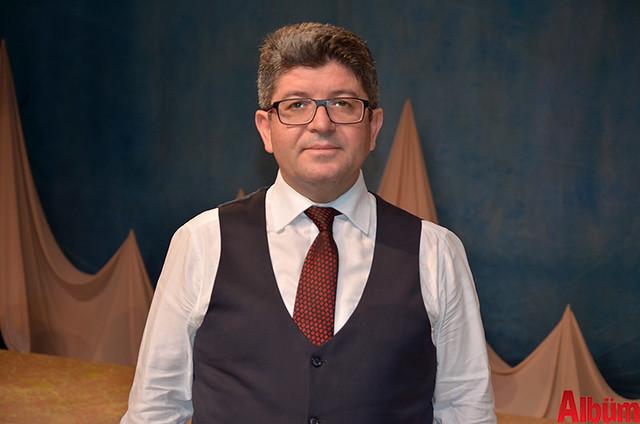 Tiyatro Müdürü Hüseyin Çinal