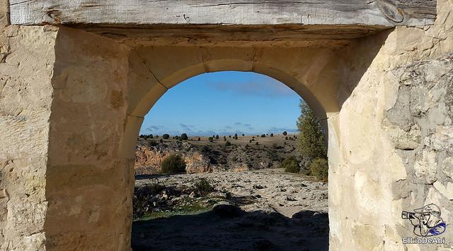 Ermita de San Frutos y Monasterio de la Hoz en las Hoces del Duratón 9