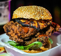Happy #Friyay people! Ditch the cold sandwiches and luke warm soup by the desk and give in to your food cravings! A giant #friedchicken #burger maybe? This one was the creation of @motherclucker and @whitemencantjerk for @kerbfood 5th birthday party . . #