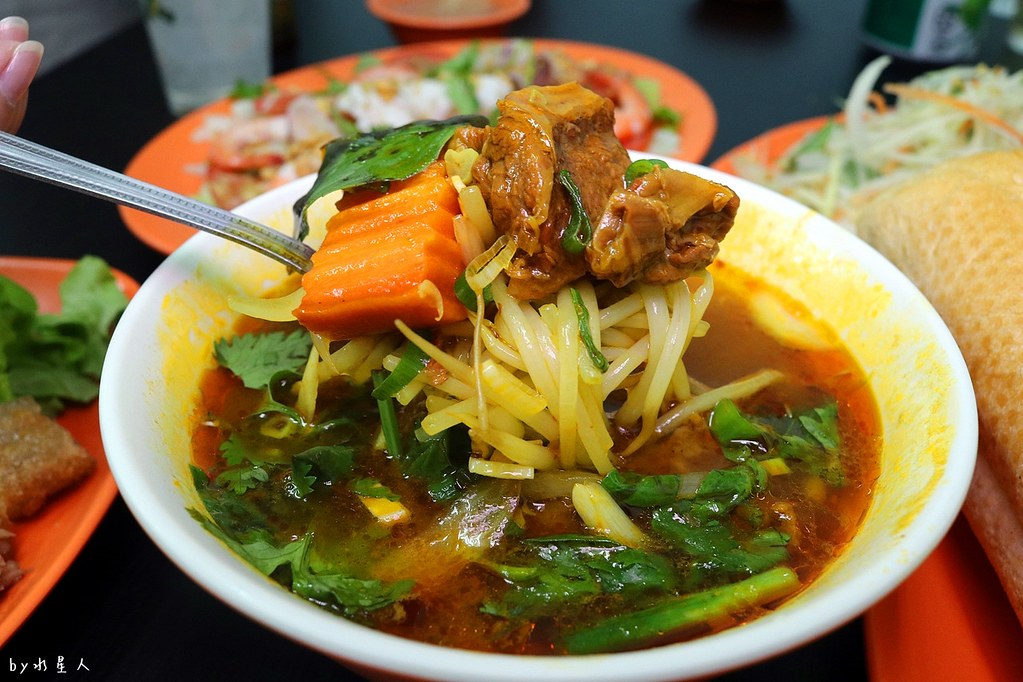 26606073469 0fe7cc3370 b - 熱血採訪|幸福食堂越式風味平價料理,科博館美食推薦,料多實在又便宜的道地越南小吃