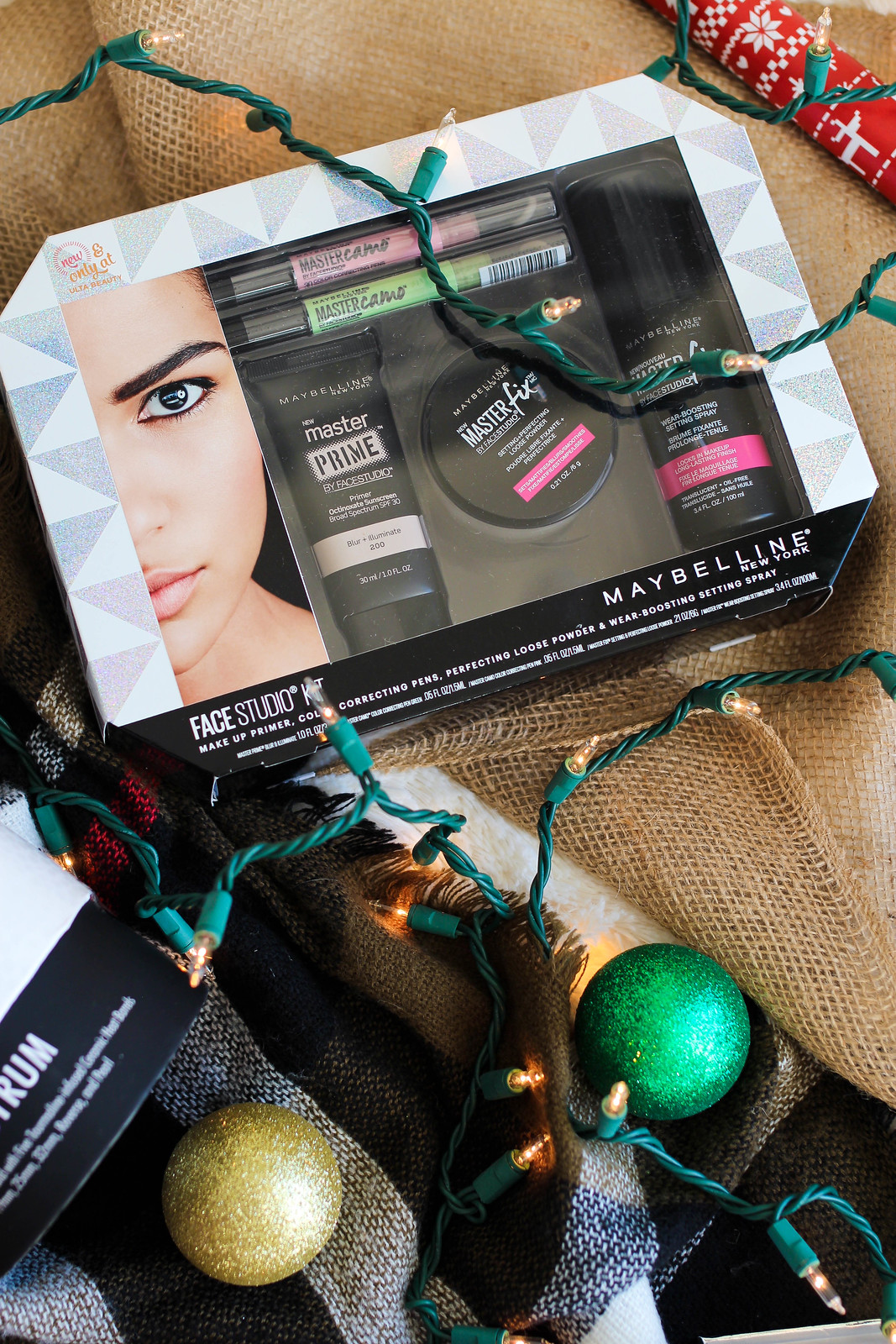 Maybelline FaceStudio Kit Holiday Beauty Gift Set