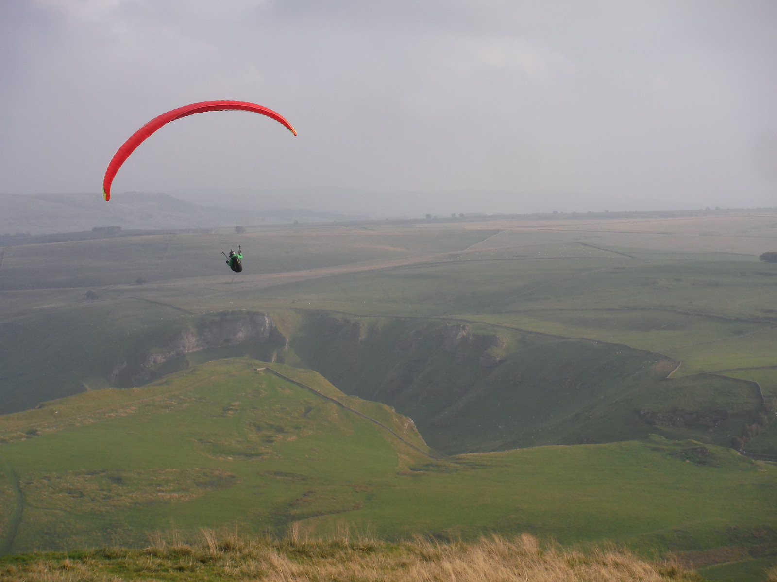 Paraglider and Winnats Pass SWC Walk 303 - Edale Circular (via Kinder Scout and Mam Tor)