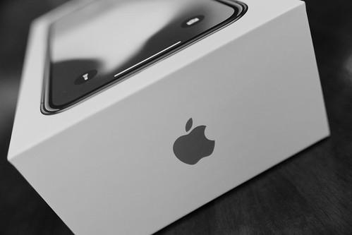 Apple iPhone X 02