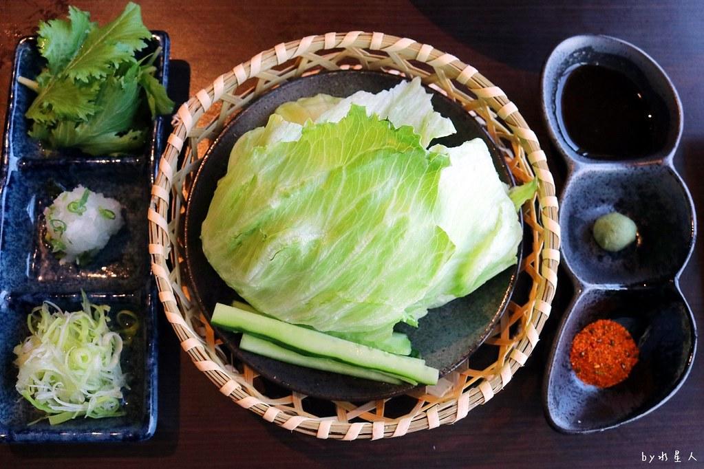 38327391126 bde5be801e b - 熱血採訪|藍屋日本料理和風御膳,暖呼呼單人火鍋套餐,銷魂和牛安格斯牛肉鑄鐵燒