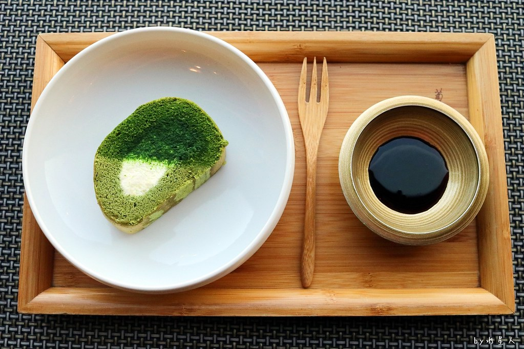 38352023132 59ab089630 b - 熱血採訪|藍屋日本料理和風御膳,暖呼呼單人火鍋套餐,銷魂和牛安格斯牛肉鑄鐵燒
