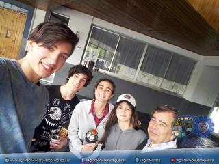 Ivan, Ignacio, Maia y Iztiar acompañados por el Hno. Celestino Lozano Montes