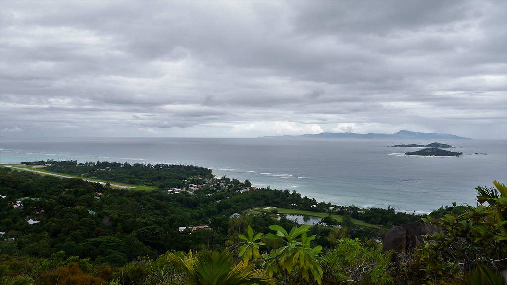Viewpoint Anse Georgette Praslin