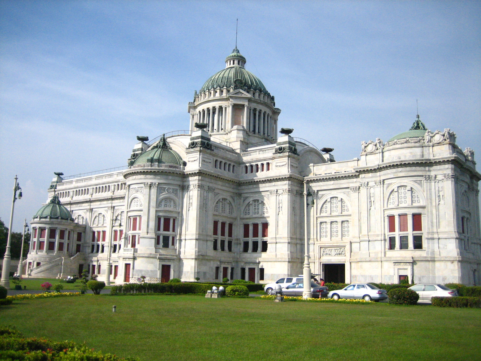 Ananta Samakhom Throne Hall. Photograph taken on December 22, 2007.
