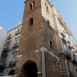 Campanile roman (XIe), église Santa Maria Maggiore alla Pietrasanta (XVIe), via dei Tribunali, Naples, Campanie, Italie.
