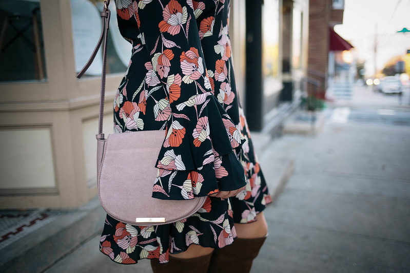 Retro Ruffle Sleeve Printed Dress Fall Colors Muted Pink Crossbody Bag