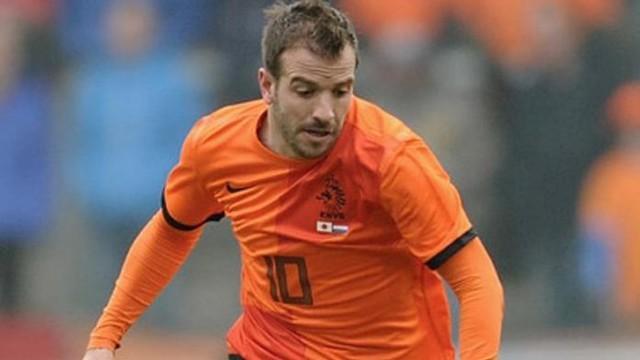 Rafael van der Vaart Dibidik Bali United