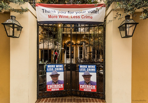 More Wine Less Crime,  Más vino menos crimen