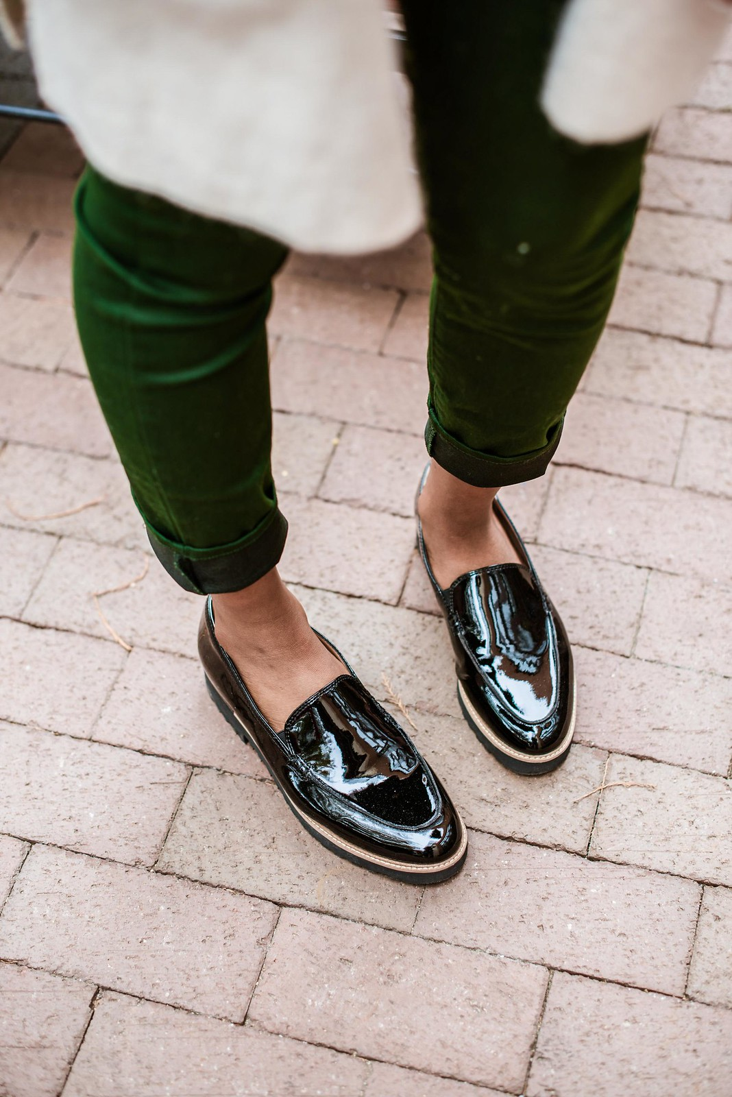 how to wear patent leather loafers