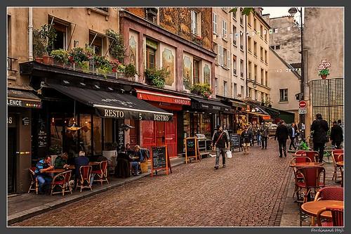 Paris_Rue Mouffetard_5e Arrondissement