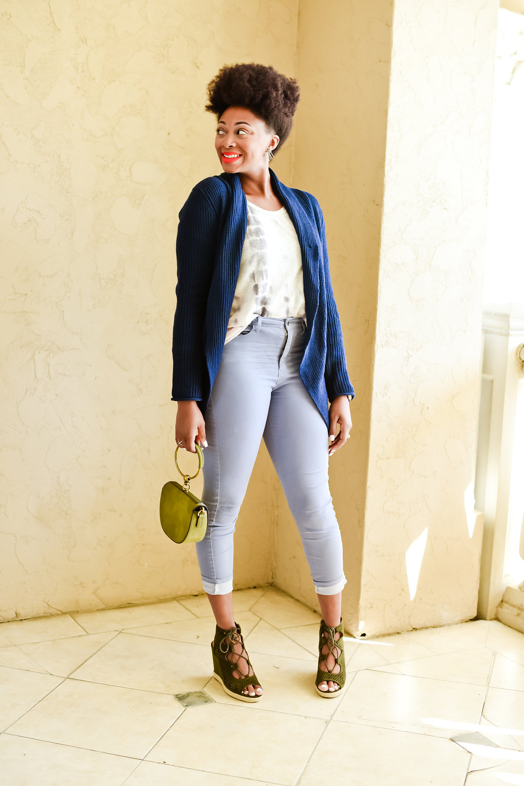 how to style high waisted denim