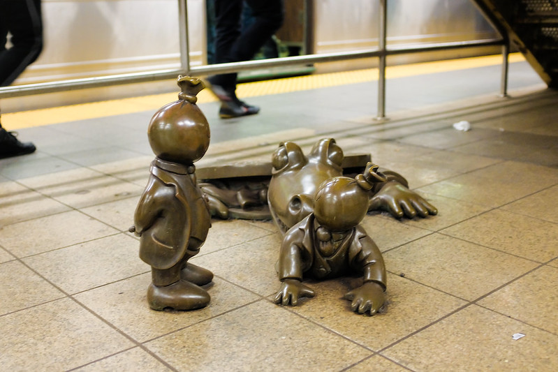 Walk In New York - NYC 2017 - Tom Otterness -Life Underground - 14th Street Eighth Avenue